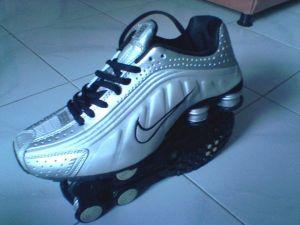 JUAL Sepatu SPORT On Line, Sepatu Olahraga, Sepatu KETS, Sepatu Branded, Sepatu ADIDAS, Sepatu Nike TERBARU, Sepatu Fila, Sepatu Lonsdale, Sepatu KETS Pria GROSIR Harga Murah Berkualitas